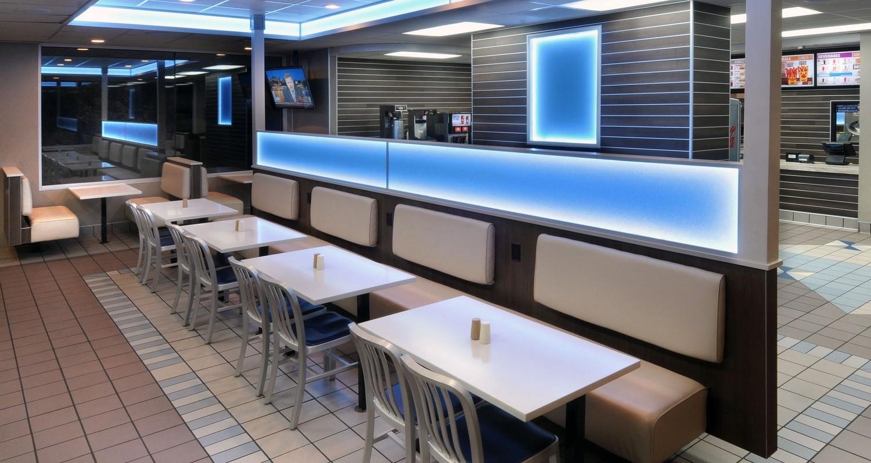 Prin inglobarea materialelor de la Studio Collection-rasina de design in restaurantele sale, Burger King a fost capabil sa-si modernizeze interioarele pentru a crea senzatia de modern si luxos.Cand Burger King face schimbari la brandingul si la designul restaurantelor sale, se asigura ca sunt luate in considerare toate detaliile. O comisie formata din membri ai celor mai mari francize Burger Kings[…] Mai mult…