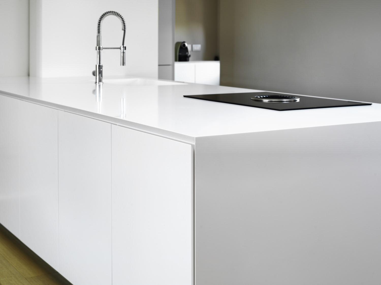 Blat Bucatarie Material Compozit.Avonite Cel Mai Potrivit Material Pentru Mobilier De Bucătărie